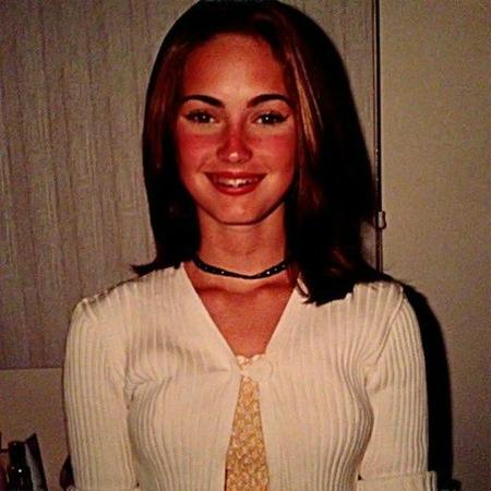 Megan martinez latina jeune
