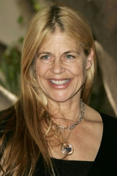 Linda Hamilton At 52 I... Blake Lively