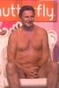 Liam Neeson: Tak wygl�da brzuch gwiazdora kina akcji?