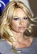 Arty Cie Pamela Anderson Urodzona W Kanadzie Aktorka I Fotomodelka
