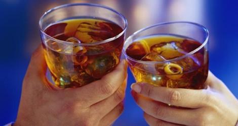 http://i.wp.pl/a/f/jpeg/18286/alkohol_470.jpeg