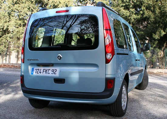 2007/13 - [Renault] Kangoo II [X61] - Page 21 IMG_1734