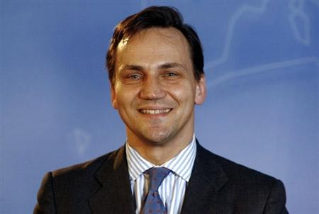Szef MSZ zakaza� ambasadorom kontakt�w z Kobyla�skim