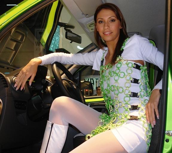 Dziewczyny Geneva Motor Show