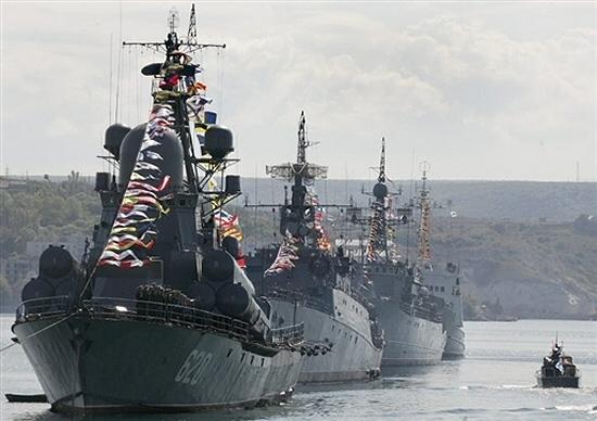 Gigantyczne manewry rosyjskiej floty w pobli�u USA