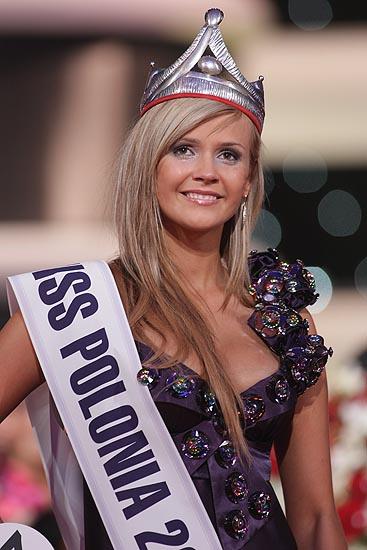 http://i.wp.pl/a/f/jpeg/20711/miss_polonia_2008_pap_550.jpeg