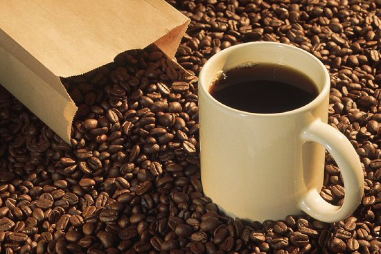 В Японии кофе популярный напиток, но больше всего кофе пьют в.