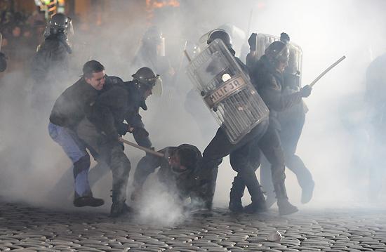 Policja - Polska, stan wojenny