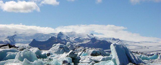 Pokrywa lodowa Arktyki szybko topnieje