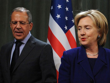 Hillary Clinton na celowniku Rosjan. Kreml d��y do prezydentury dla Trumpa