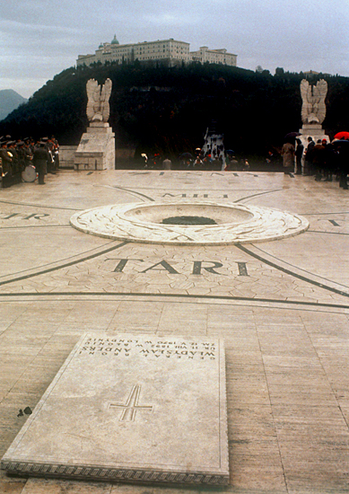 Gr�b W�adys�awa Andersa na Monte Cassino