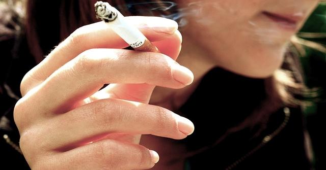 Nikotyna i alkohol w ci��y