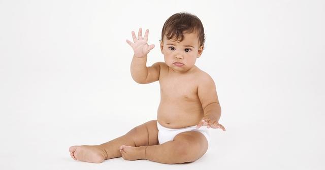 Kiedy odzwyczai� dziecko od pieluszki?