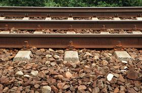 Dwa pociągi na jednym torze - zarzuty dla maszynisty