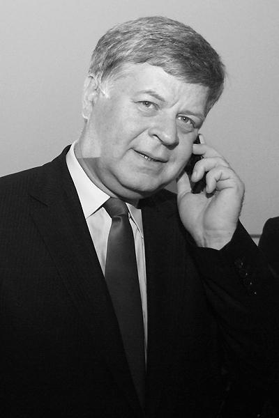 Jerzy Szmajdzi�ski nie �yje
