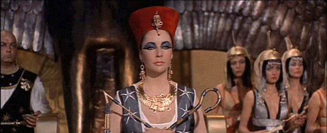 Kleopatra pope�ni�a samob�jstwo
