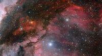 Niezwyk�e zdj�cie gwiazdy WR 22 i Mg�awicy ...