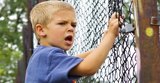 Gdy dziecko bije rodzica