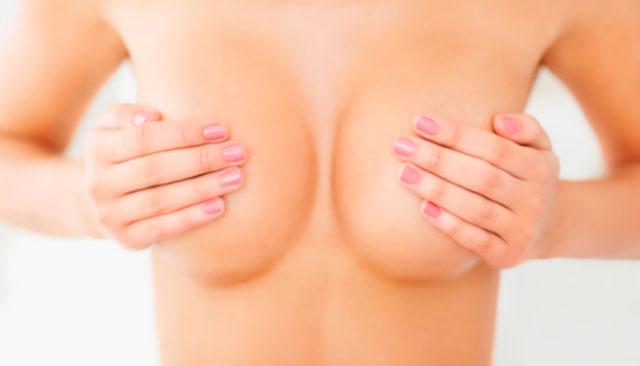 Un alto perfil medio y de pecho implanty