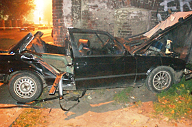 Tragiczny nocny rajd BMW - trzy osoby nie żyją, dwie ranne