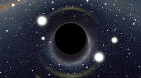 Jak wygląda czarna dziura?