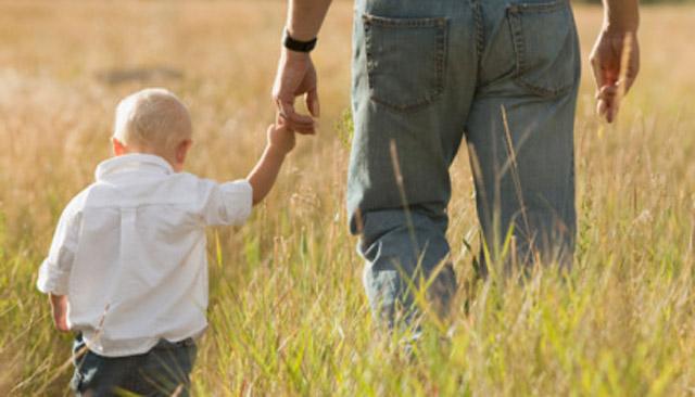 Znalezione obrazy dla zapytania ojciec z synem