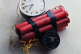 Kto bombami wojuje...