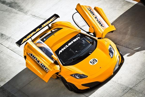 McLaren-MP4-12C-GT3-5.jpeg