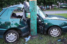 19-latek pędził golfem - pasażer nie przeżył wypadku