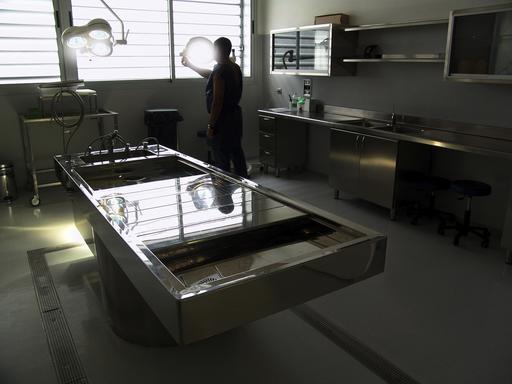 84-letnia kobieta obudzi�a si� w kostnicy
