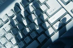 Hakerzy zagra�aj� polskim firmom