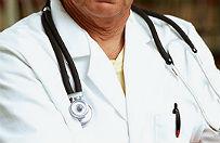 Pacjent zmar� na atak serca, bo lekarz odes�a� go do domu