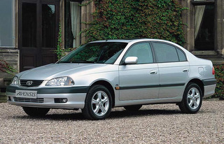 TOYOTA Avensis T22 - 1997r.