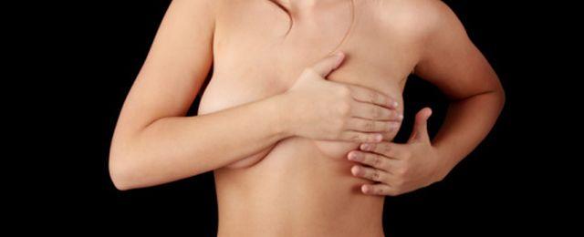 Dodatek do paliwa w implantach piersi