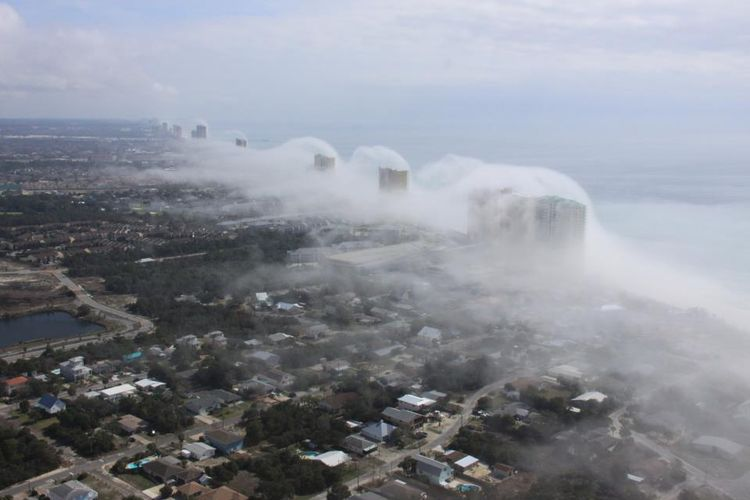 http://i.wp.pl/a/f/jpeg/28498/tsunami5.jpeg