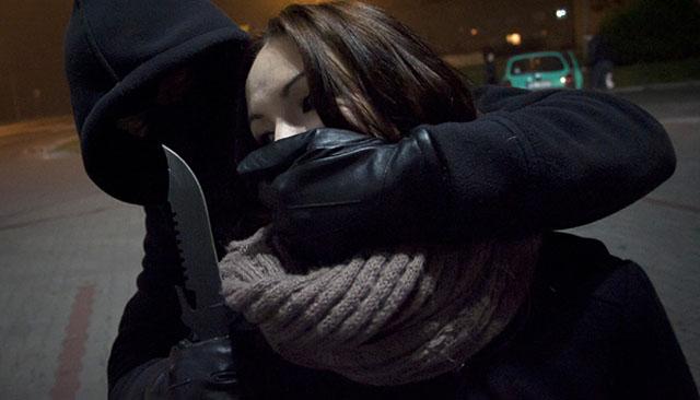 Gwałciciel wciąż atakuje kobiety! Policja jest bezradna
