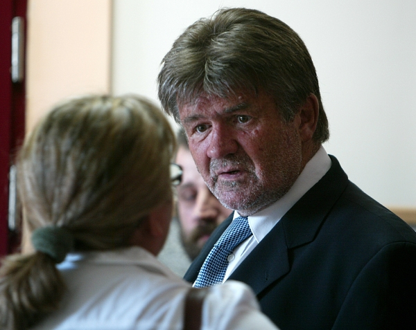 Syn b. premiera pozwie Rutkowskiego za aresztowanie ...