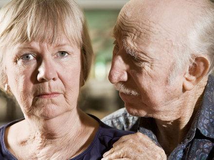 """""""Jestem matk� swojego rodzica"""" – �ycie z osob� chor� na Alzheimera"""