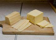 Żółty ser grozy. Nie robią go z mleka! Oni go robią z...