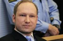 """Nikt nie chce pilnowa� Breivika. """"S� psychicznie wyczerpani"""""""