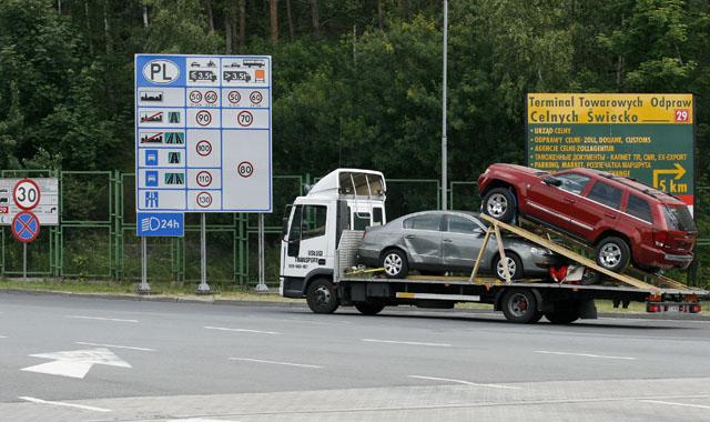 Rejestracja pojazdu z kierownic� po prawej stronie