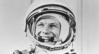 Film z pierwszego lotu cz�owieka w kosmos ...