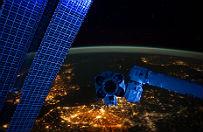 Ameryka�ski statek kosmiczny wystartowa� w stron� Ksi�yca