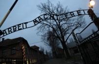 Prze�y�a Auschwitz i nieoficjalnie adoptowa�a wnuka Rudolfa Hoessa