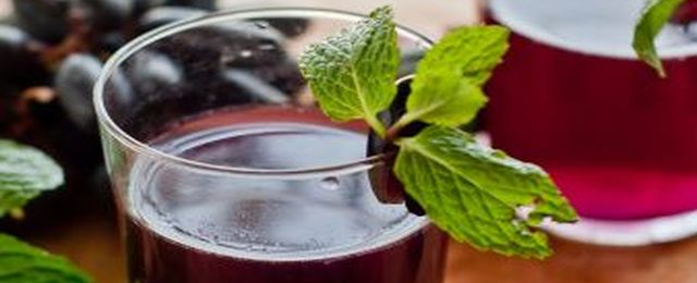 Sok z czerwonych winogron jest jak eliksir młodości!