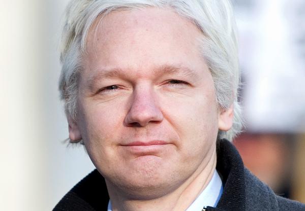 Sąd utrzymał nakaz aresztowania Juliana Assange'a - julian_assange_afp_600