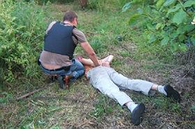 Strzelał do policjantów, potem użył siekiery! Teraz posiedzi...
