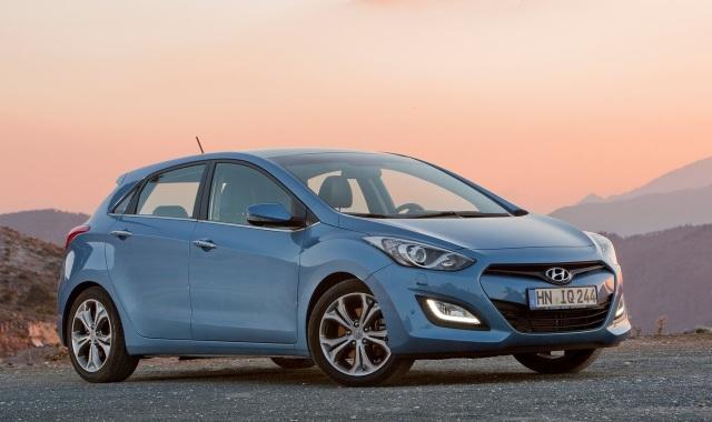 Hyundai i30 na czele sprzeda�y