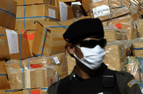 Krwawe stracie policji z dilerami - zgin�o 7 os�b