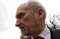 Macierewicz: konferencja �ledczych to polityczna manipulacja